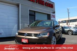 Used 2011 Volkswagen Jetta 2.0 TDI Highline Navigation. Leather. Roof. No Accident for sale in Toronto, ON
