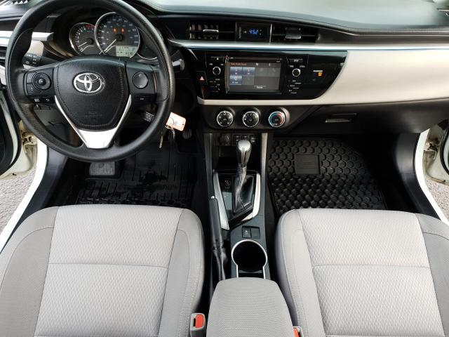 2015 Toyota Corolla LE Photo16