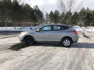 Used 2012 Nissan Rogue S FWD for sale in Cayuga, ON