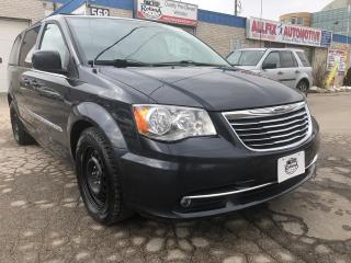 Used 2013 Chrysler Town & Country TOURING/DUAL DVD/SUNROOF/REAR CAMERA/BLUETOOTH for sale in Oakville, ON