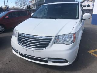 Used 2012 Chrysler Town & Country 3.6 Litre Touring for sale in Etobicoke, ON