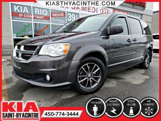 Used 2016 Dodge Grand Caravan SXT Premium Plus ** STOW'N'GO / CUIR for sale in St-Hyacinthe, QC