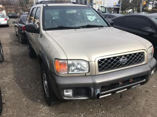 Used 2001 Nissan Pathfinder SE for sale in Mississauga, ON
