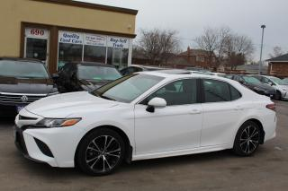Used 2018 Toyota Camry SE LEATHER SUNROOF for sale in Brampton, ON
