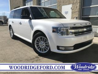 Used 2018 Ford Flex SEL 3.5L V6, NAVIGATION, SUNROOF, LEATHER HEATED SEATS, NO ACCIDENTS for sale in Calgary, AB