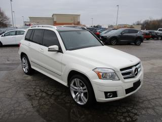 Used 2011 Mercedes-Benz GLK-Class GLK 350~LEATHER~ALL POWER OPTIONS~SUNROOF~ for sale in Toronto, ON