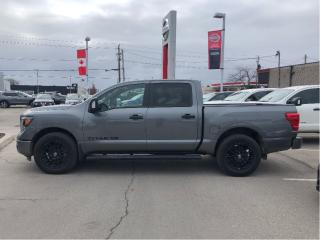 Used 2018 Nissan Titan Crew Cab SV Midnight Edition for sale in St. Catharines, ON