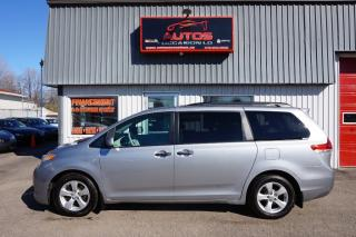 Used 2012 Toyota Sienna CE V6 for sale in Lévis, QC