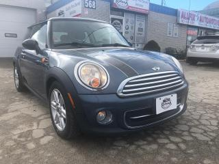 Used 2011 MINI Cooper ACCIDENT FREE/LEATHER/SUNROOF for sale in Oakville, ON