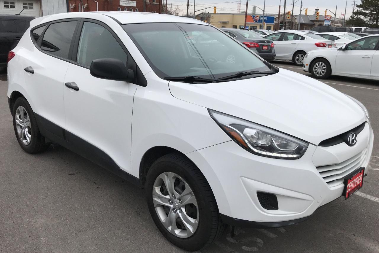 2015 Hyundai Tucson GL ** AWD, HTD SEATS, BLUETOOTH  **