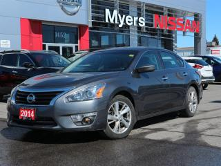 Used 2014 Nissan Altima 2.5 SV for sale in Orleans, ON