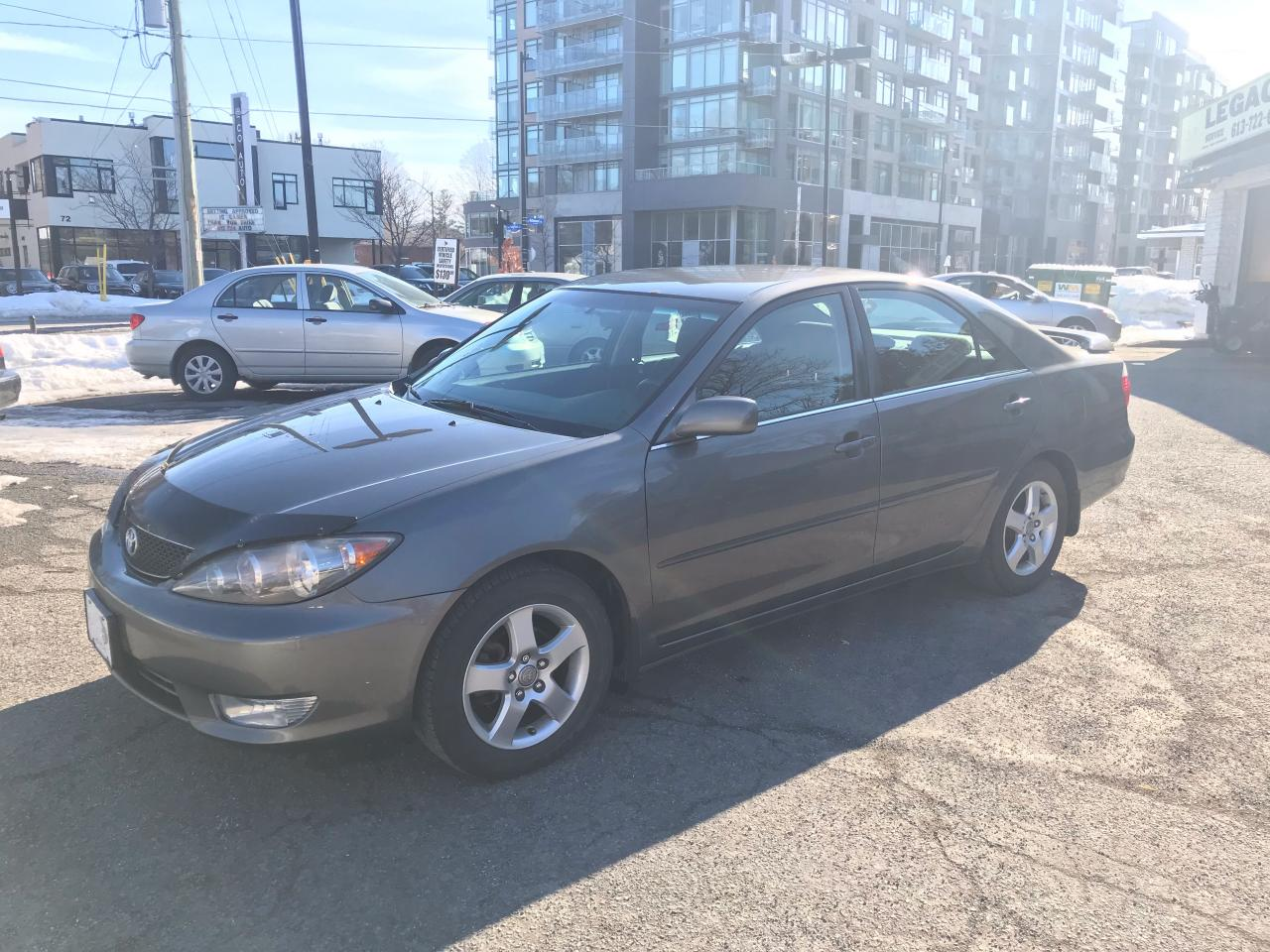 Used 2005 Toyota Camry LE for Sale in Ottawa, Ontario