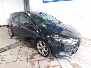 Used 2015 Ford Focus ST LEATHER SUNROOF *MANUAL* for sale in Listowel, ON