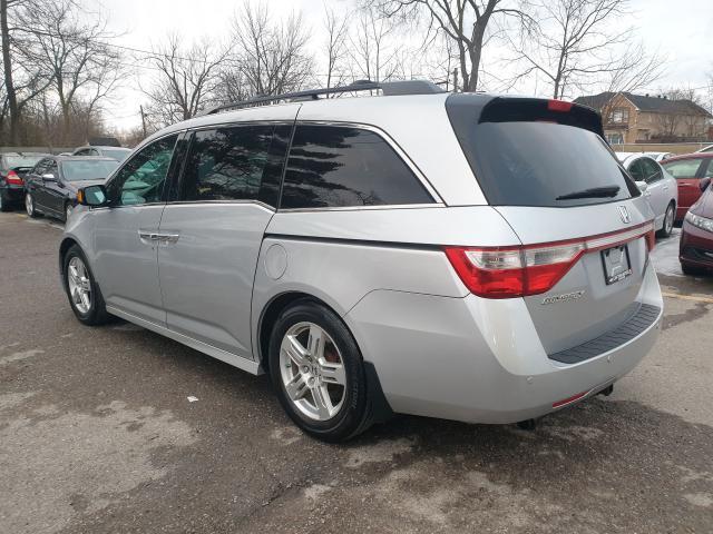2012 Honda Odyssey Touring Photo6