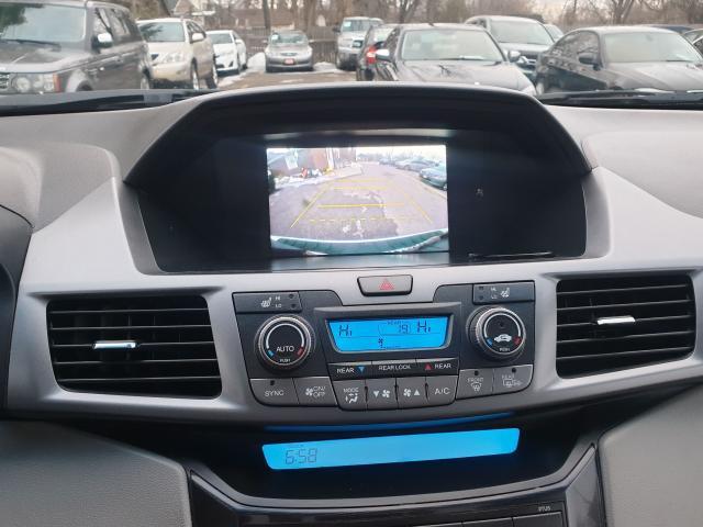 2012 Honda Odyssey Touring Photo12