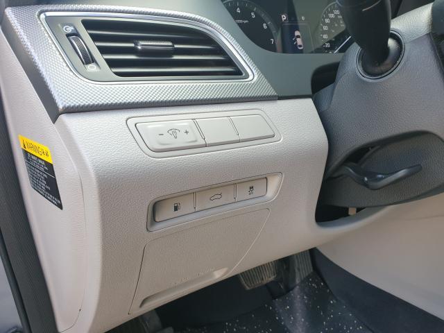 2015 Hyundai Sonata 2.4L GL Photo11