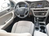 2015 Hyundai Sonata 2.4L GL Photo44