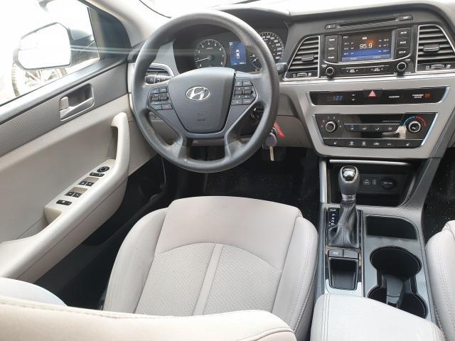 2015 Hyundai Sonata 2.4L GL Photo20