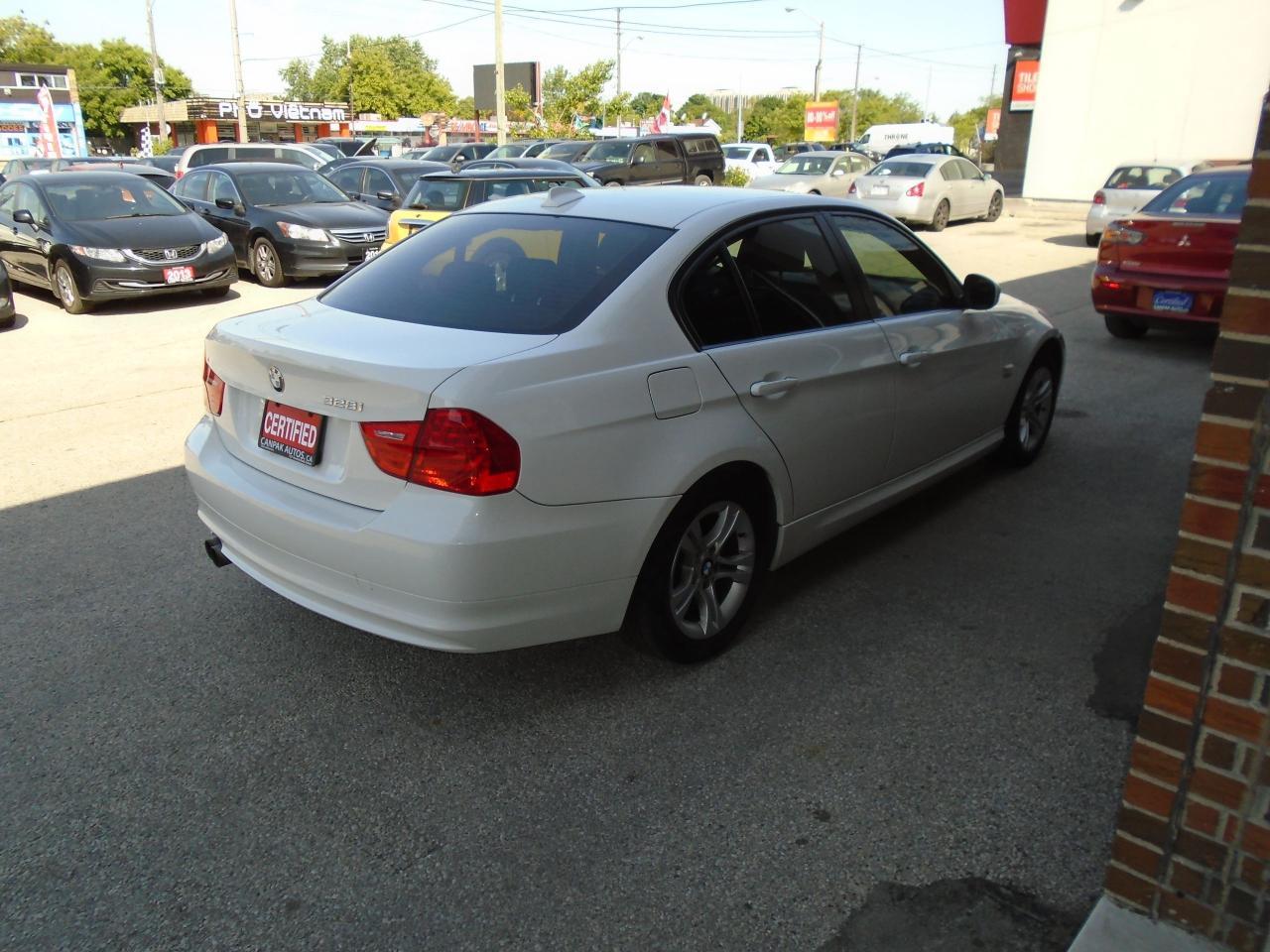 2011 BMW 3 Series 328i xDrive Classic Edition
