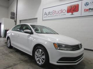 Used 2015 Volkswagen Jetta 2,0L Automatique **TOIT**MAGS** for sale in Mirabel, QC
