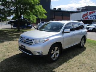 Used 2013 Toyota Highlander AWD ~ LEATHER ~ SUNROOF ~ LOW KM for sale in Toronto, ON