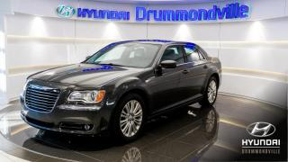 Used 2013 Chrysler 300 TOURING + CUIR + AWD + NAVI + TOIT PANO for sale in Drummondville, QC