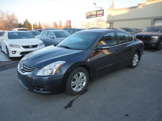 Used 2012 Nissan Altima SL Cuir Toit Ouvrant Camera BT a vendre for sale in Laval, QC