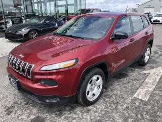 Used 2014 Jeep Cherokee SPORT, FWD, A/C, 60$/SEM for sale in Lévis, QC