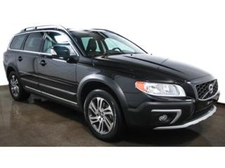 Used 2015 Volvo XC70 for sale in St-Jean-Sur-Richelieu, QC