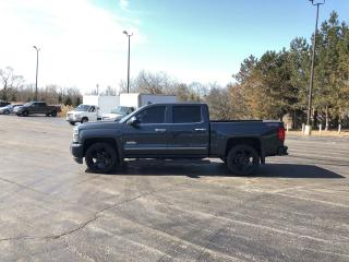 Used 2017 Chevrolet Silverado 1500 High Country Crew 4X4 for sale in Cayuga, ON