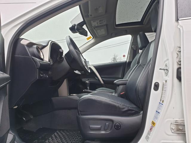 2015 Toyota RAV4 LIMITED  Photo25