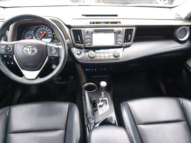 2015 Toyota RAV4 LIMITED  Photo32