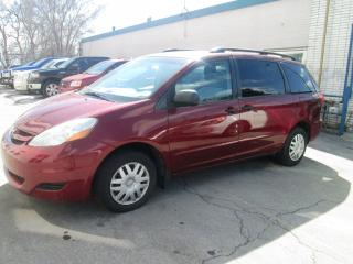 Used 2006 Toyota Sienna 3.3L | 8 passengers. for sale in Toronto, ON