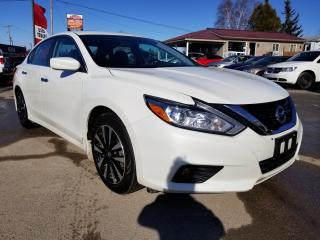 Used 2018 Nissan Altima 2.5 SV for sale in Kemptville, ON