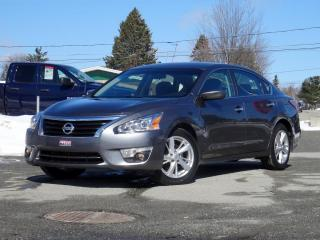 Used 2014 Nissan Altima 2.5 SV + TOIT + NAV + CAMÉRA + BAS KILO! for sale in Magog, QC