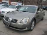 Photo of Beige 2005 Nissan Maxima