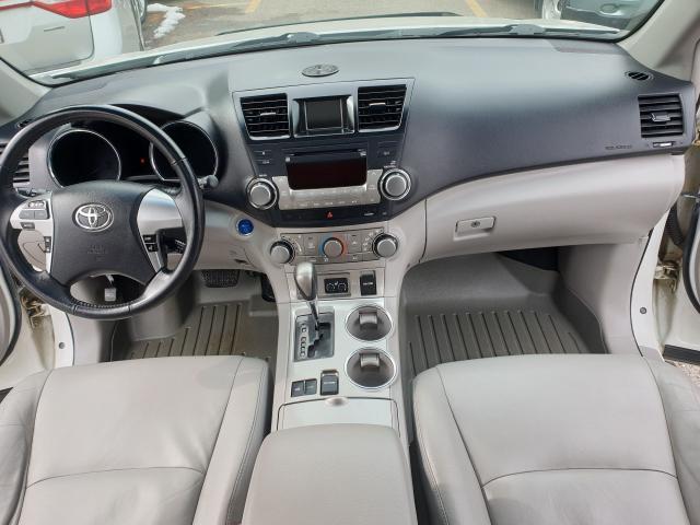 2011 Toyota Highlander Hybrid HYBRID Photo16