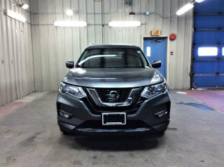 Used 2017 Nissan Rogue SV for sale in Ottawa, ON