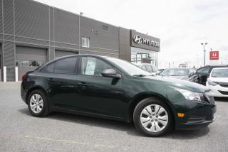 Used 2014 Chevrolet Cruze 2LS berline for sale in St-Hyacinthe, QC