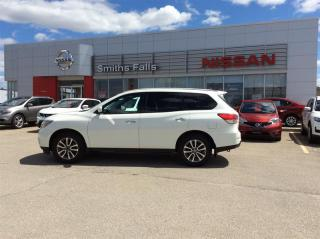Used 2015 Nissan Pathfinder S V6 4x4 at for sale in Smiths Falls, ON