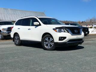 Used 2017 Nissan Pathfinder SL AWD CUIR TOIT PANO. for sale in St-Malachie, QC