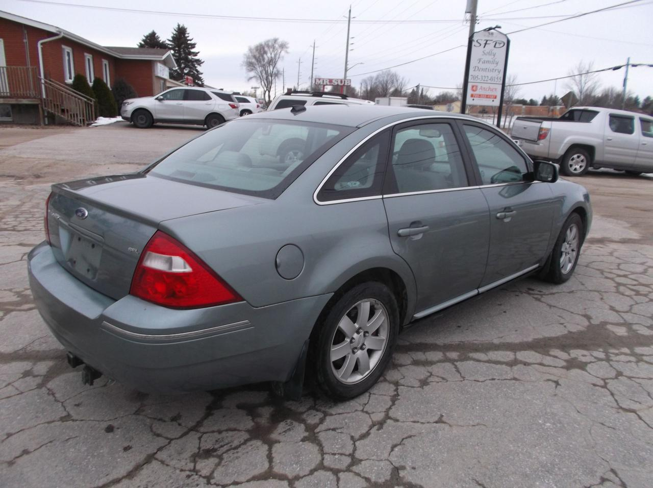2007 Ford 500 SEL