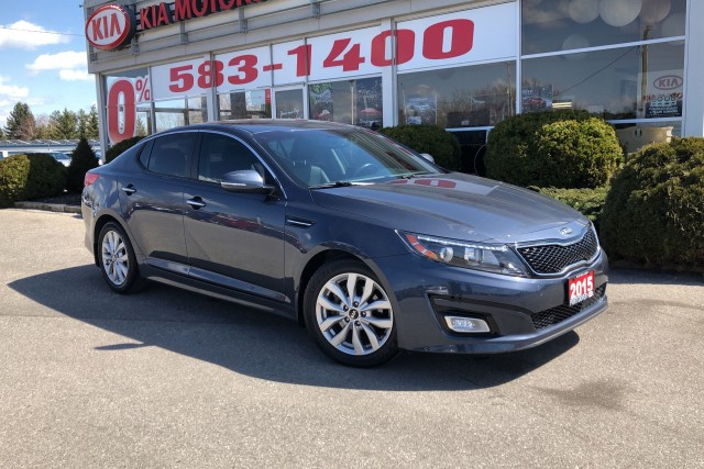 2015 Kia Optima EX/ one owner/ low kms / leather