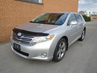 Used 2011 Toyota Venza V6 FWD for sale in Oakville, ON