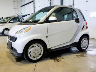 Used 2015 Smart fortwo Pure Cuir Navigation for sale in St-Eustache, QC