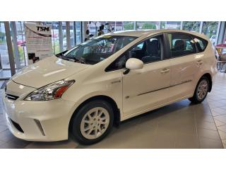 Used 2014 Toyota Prius V Base GR/ÉLECTRIQUE for sale in Terrebonne, QC