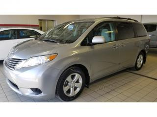 Used 2016 Toyota Sienna LE for sale in Terrebonne, QC