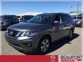 Used 2018 Nissan Pathfinder SV TECH 4WD ***NAVIGATION*** for sale in Beauport, QC