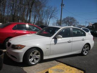 Used 2007 BMW 3 Series Berline 4 portes 323i, traction arrière for sale in St-Sulpice, QC