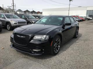 Used 2018 Chrysler 300 S *CUIR*TOIT*GPS*300HP* for sale in Brossard, QC